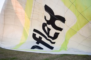 Heißluftballon im Aufbau
